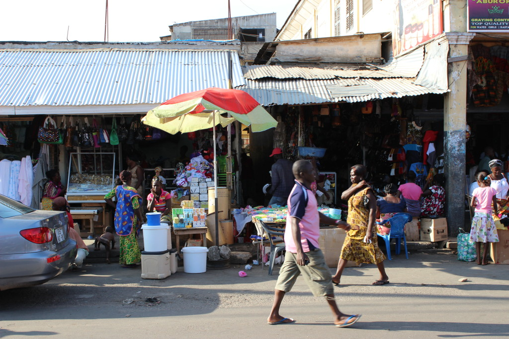 Street-level actvity at Makola Market in Old Accra.