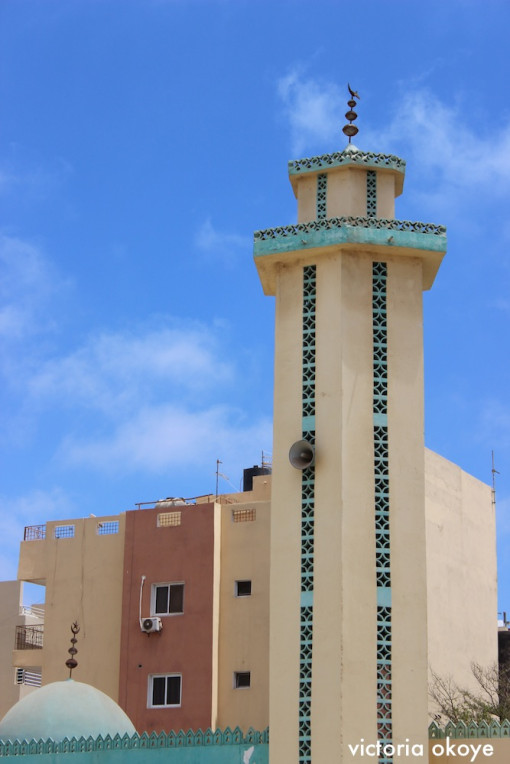 AFRICANURBANISM_OKOYE_DAKAR_YELLOW MOSQUE